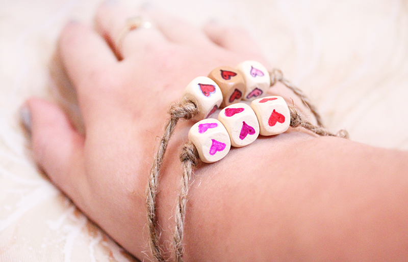 heart-friendship-bracelet