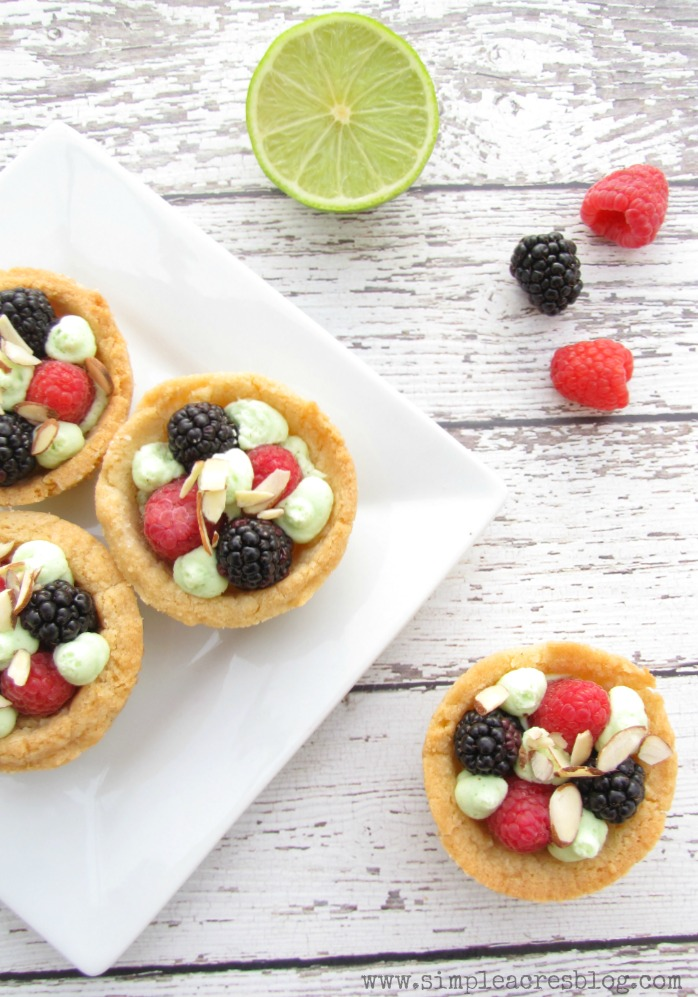 sugar cookie berry bowls