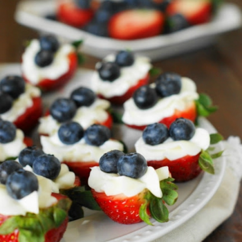 strawberry dessert bites