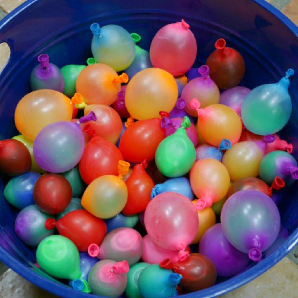 paint balloons