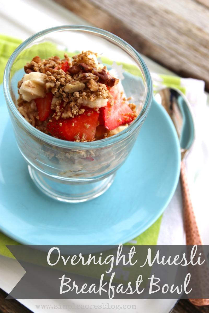 overnight-muesli-breakfast-bowl